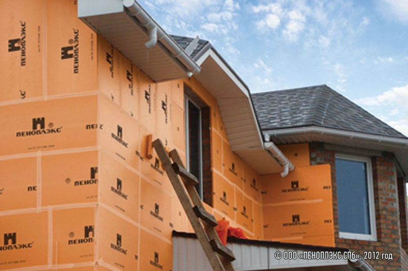 Фото — утепленного пеноплексом фасад кирпичного дома
