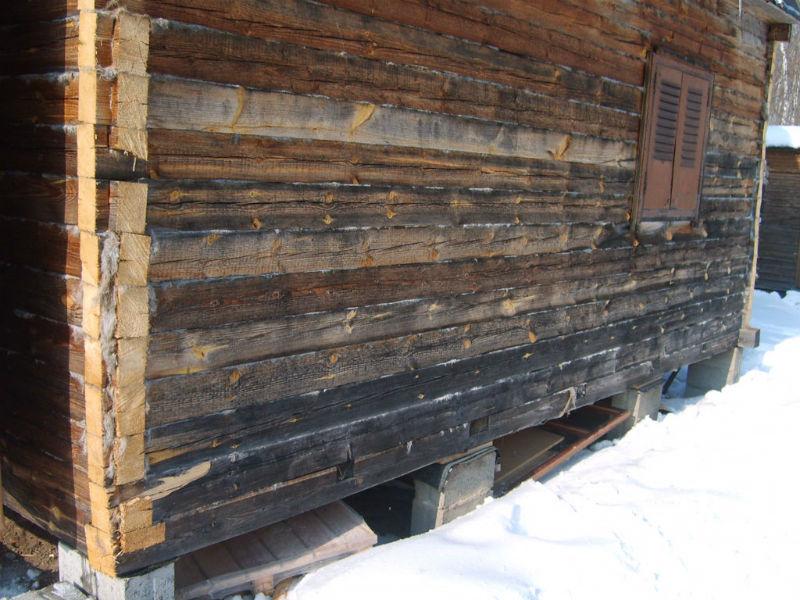 дом из натуральной древесины
