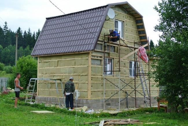 Обшить дом металлом своими руками