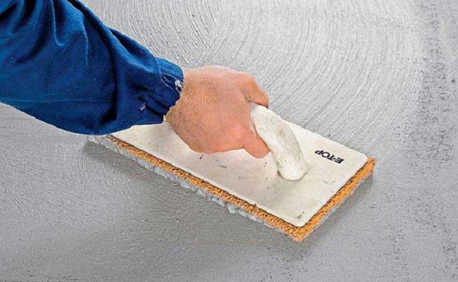 Затирание оштукатуренной поверхности