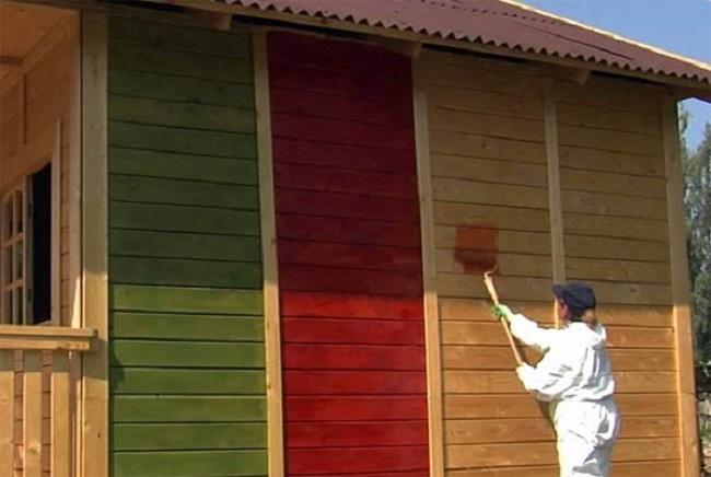Окрашивание деревянного фасада