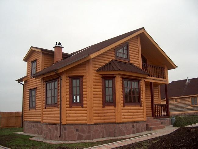Фасад из блокхауса