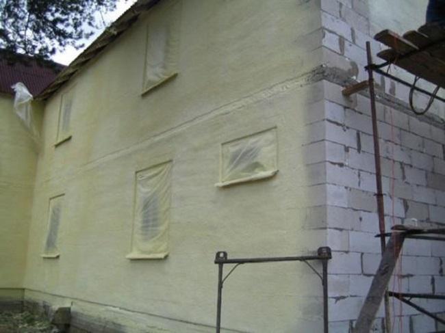 Утепление газобетонного дома пенополиуретаном