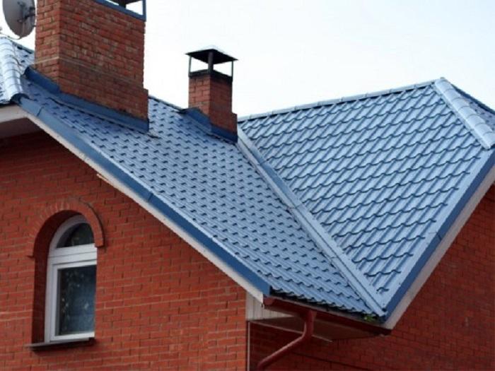 Крыша сложной формы из металлочерепицы