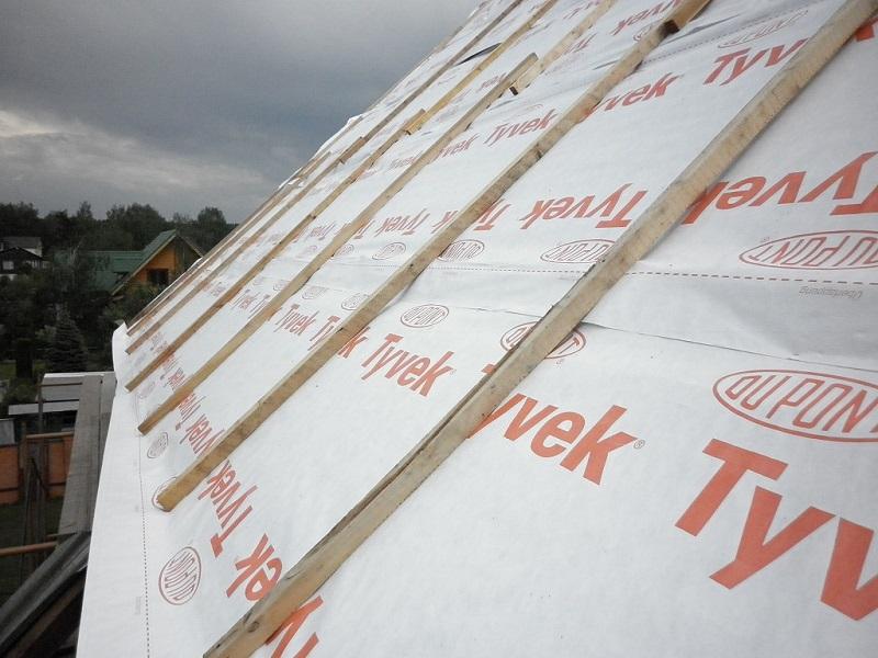 Гидроизоляция крыши своими руками: инструкция и монтаж