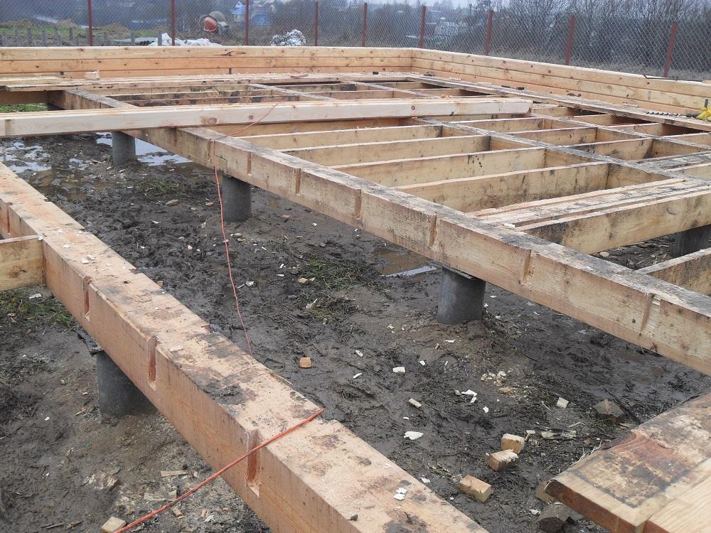 Буронабивной фундамент с ростверком для деревянного коттеджа