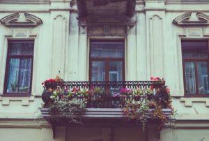 Выбор материалов для отделки балконов и лоджий